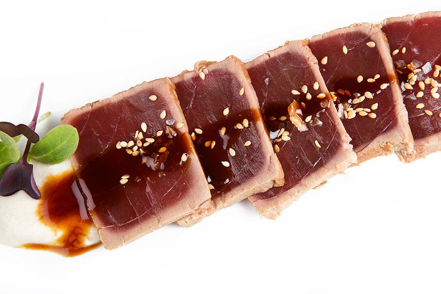 Tataki de atún rojo de almadraba